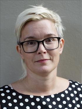 Ansiktsporträtt på författaren